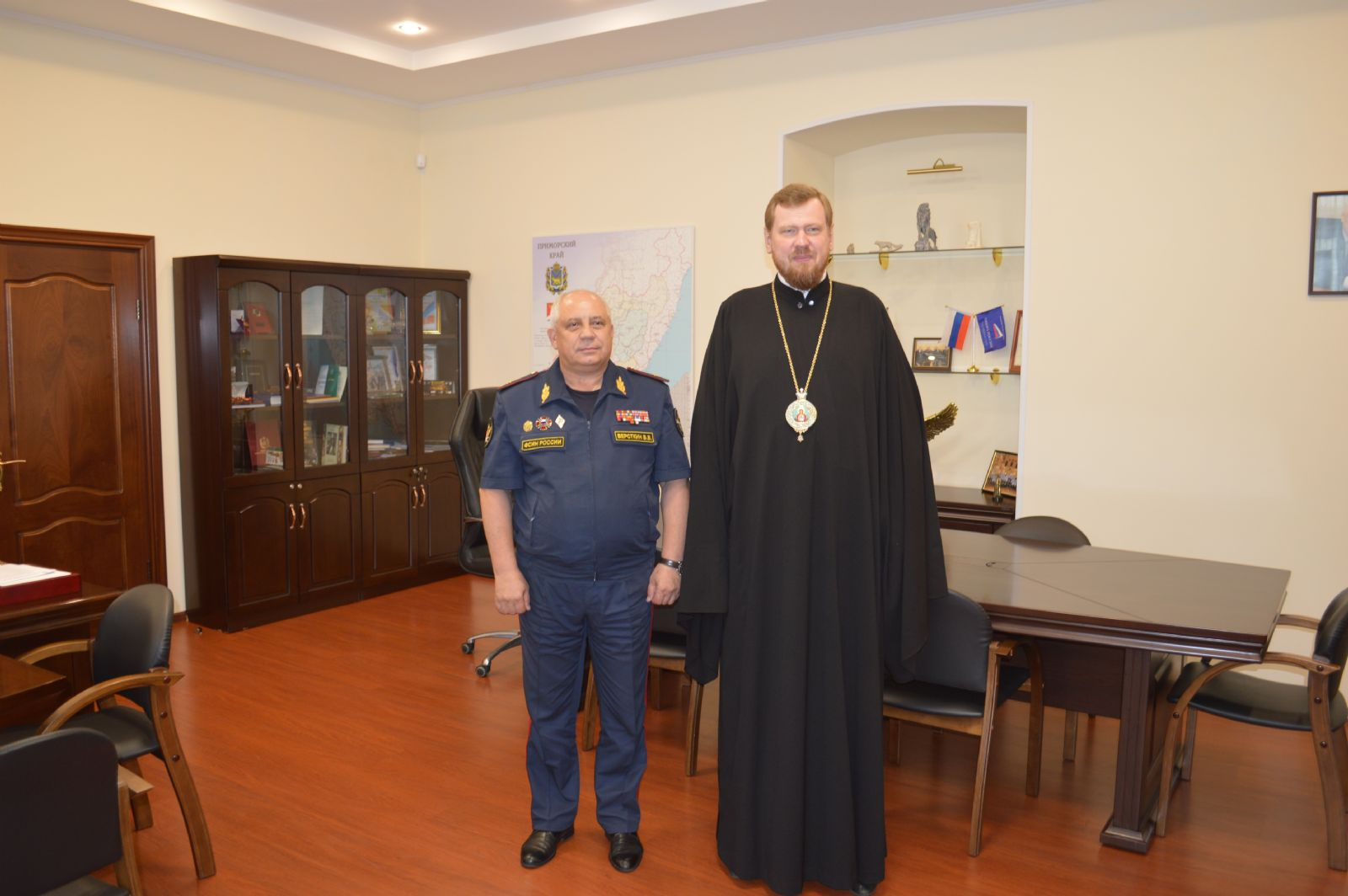 Глава Приморской митрополии встретился с начальником ГУФСИН России по Приморскому краю