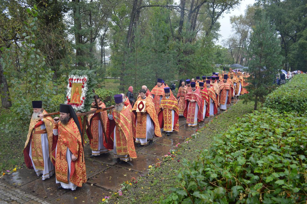 Совершено прославление в лике святых протоиерея Андрея Зимина
