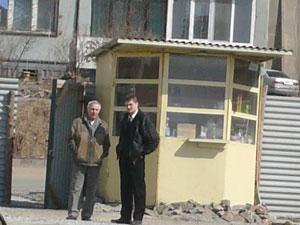 Фото. Владивосток. За полгода на территории нового прихода св. прп. Сергия Радонежского соорудили иконную лавку и молитвенный дом на 250 человек.