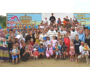 Фото. Уссурийск. 120 человек приняли Крещение в водах Кугуковского водохранилища 28 июля 2011 г.
