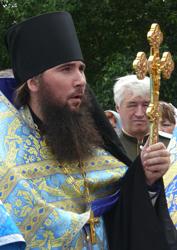 Фото. Уссурийск, иеромонах Нафанаил (Алтухов), настоятель Свято-Никольского храма