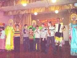 Фото. Владивосток, община добровольцев «Милосердие» провела концерт для детей с ограниченными возможностями