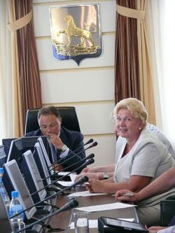 Фото. Владивосток. Избран Председатель Попечительского совета Фонда содействия строительства Спасо-Преображенского собора