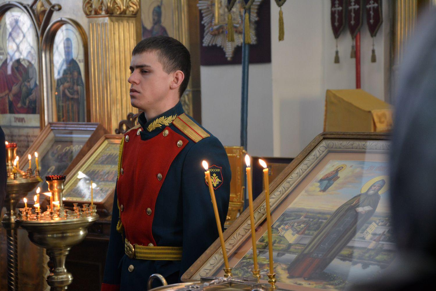 https://www.vladivostok-eparhia.ru/www/news/2020/2/364428873_b.jpg